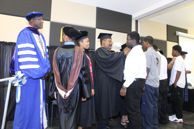 UVI Welcomes Class of 2018 at Convocation